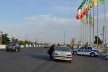 همکاری پلیس راهور منطقه 20 در توزیع کارتهای غذای تبرکی آستان مقدس حضرت عبدالعظیم علیه السلام در ایام نوروز 1396